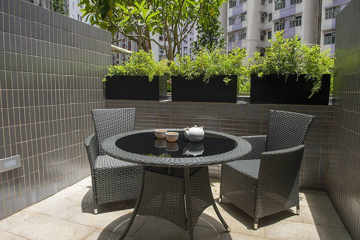 Deluxe Greenview Balcony: A private balcony and greenery to enjoy the open air