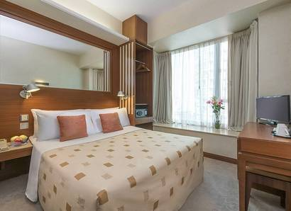 Deluxe Room: The Deluxe Room has tastefully appointed interiors and modern amenities