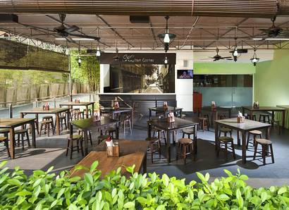 Kapitan Corner: Fine dining and conversation in our Al fresco dining area