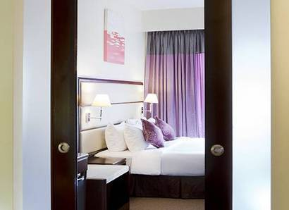 Silka Suite: Our Suite bedrooms have all the modern conveniences you require