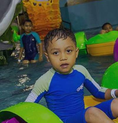 Tiram Indoor Water Park