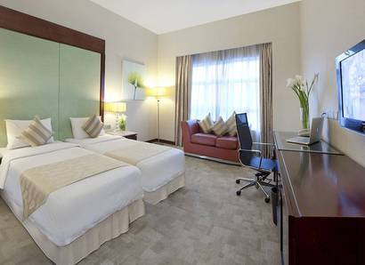 Deluxe Room: Upgrade your experience with a luxurious and well-appointed Deluxe Room